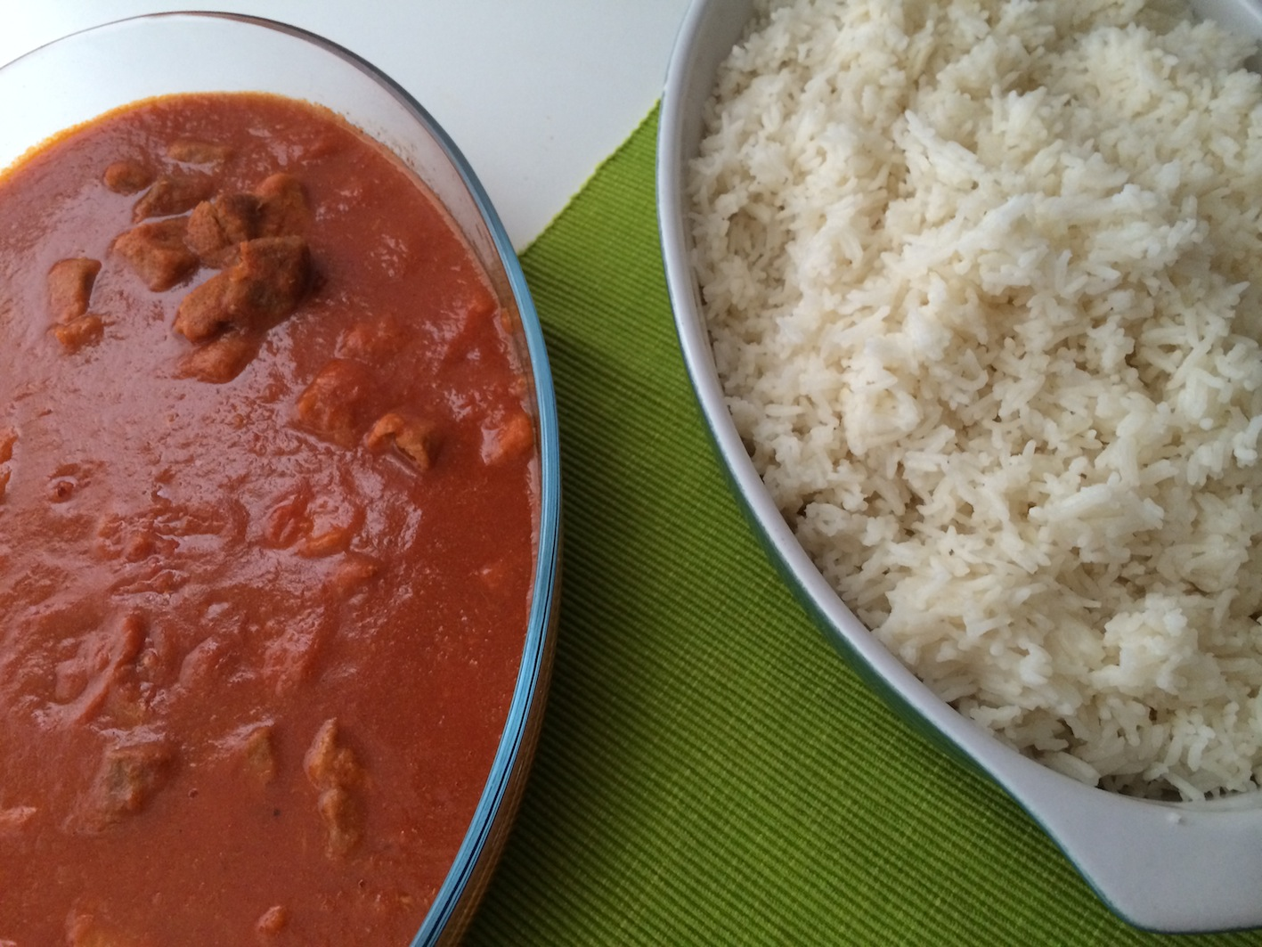 Carne con Tomate en Thermomix® ™ 5