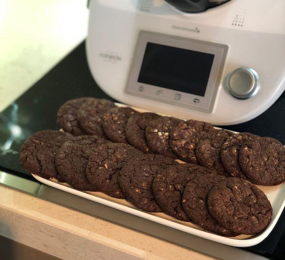 COOKIES DE DOBLE CHOCOLATE / DOUBLE CHOCOLATE CHIP COOKIES