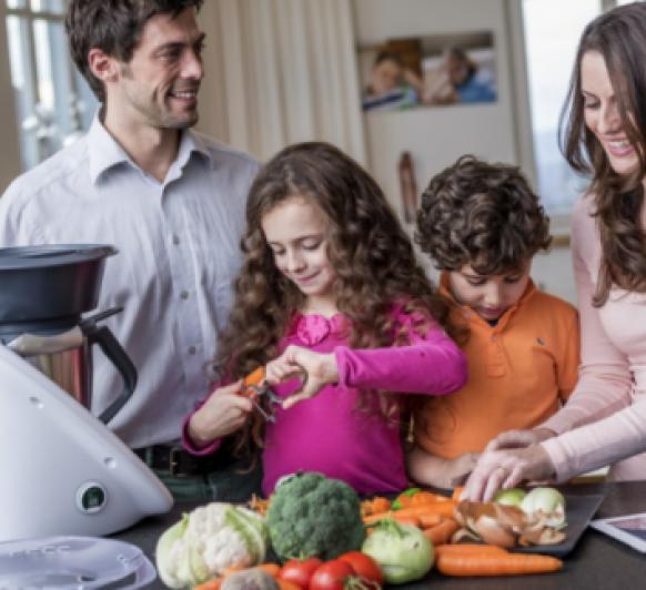 Quédate en casa con los peques cocinando con Thermomix® , así combatimos el coronavirus entre todos