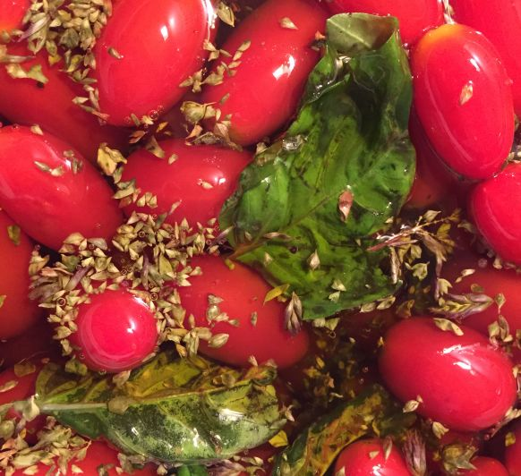 Tomates Cherry confitados en Thermomix®