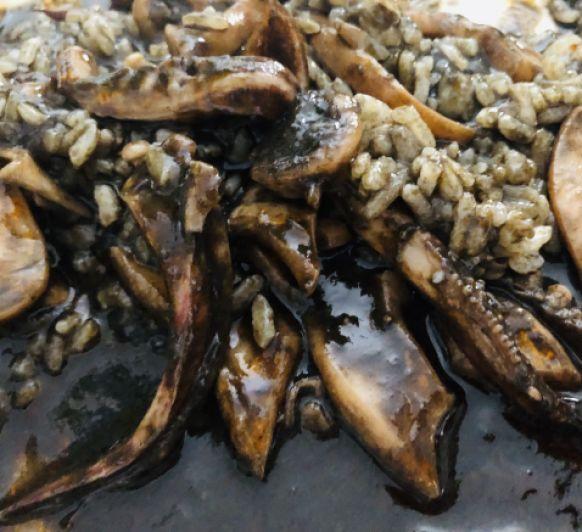 Calamares en su tinta con fumet de gambón en Thermomix®